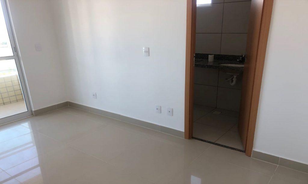 Apartamento à Venda em Luciano Cavalcante